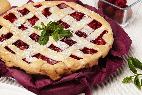 Рецепт малинового пирога от Electrolux